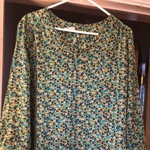 Beautiful green and blue 3/4 sleeve blouse